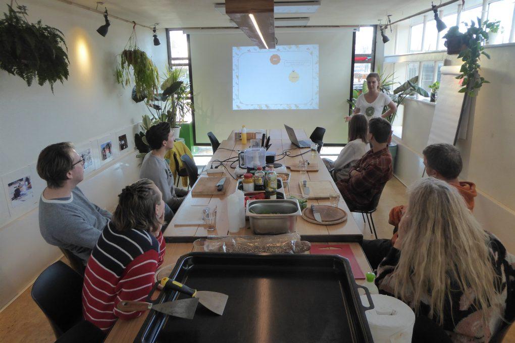 insecten eten - BUGZZ - Workshop @ De Ceuvel
